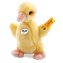 Steiff® Pilla Plush Duckling in Yellow