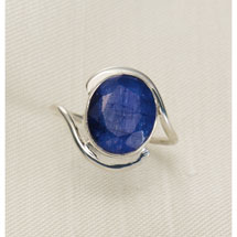 Grand Sapphire Ring