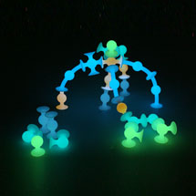 Squigz Glow-In-The-Dark 24 piece Set - Fat Brain Toys