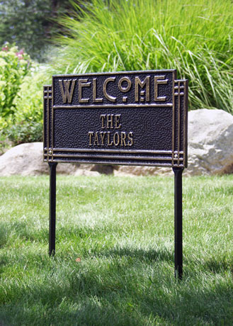 Lawn Sign Personalized Arts And Crafts Welcome Plaque - Black & Gold 1 Line