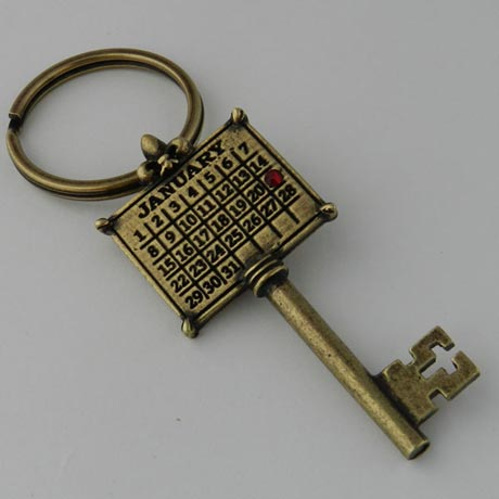Personalized Calendar Key Charm - Round Key Ring