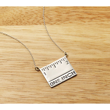 Measuring Jewelry: Sterling Silver Necklace
