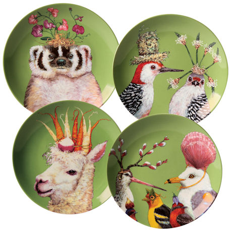 Frolicking Friends Plates Set