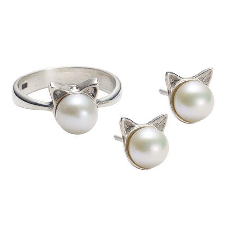 Pearl Cat Ring