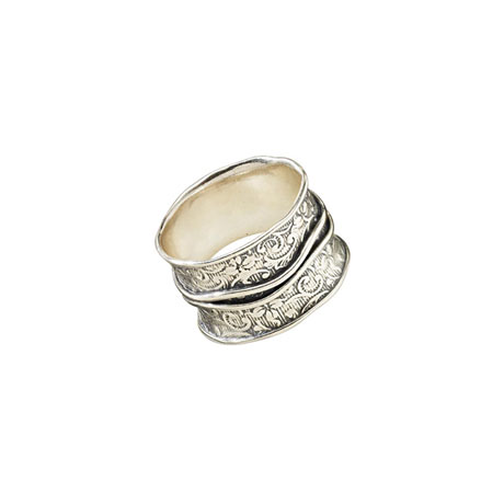 Banded Wide-Band Ring