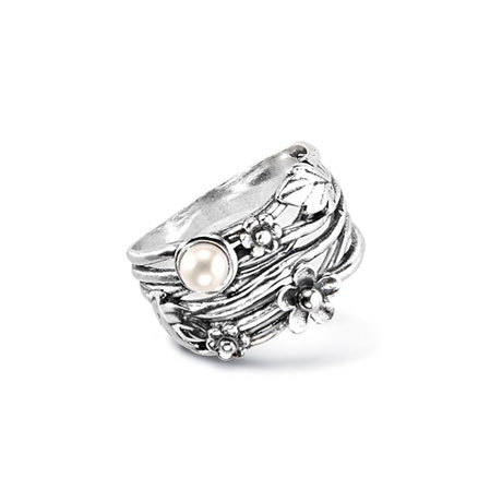 Pearl Flowers and Leaves Ring
