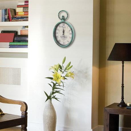 Antiqued Oval Clock