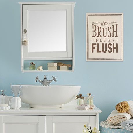 Wash Brush Bathroom Décor