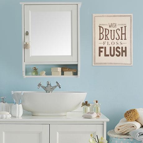 Wash Brush Bathroom Décor