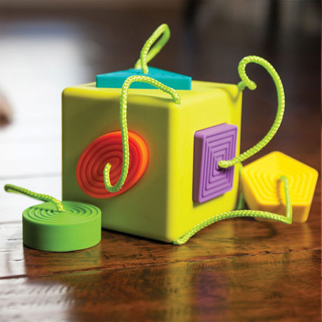 Fat Brain Toys OOMBEE CUBE Baby Toy