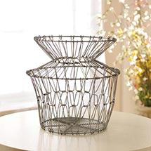 FOLDING WIRE BASKETS - LARGE