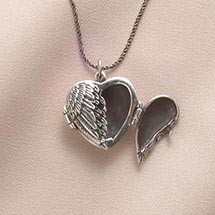 WINGED HEART LOCKET